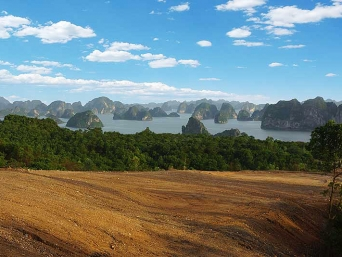 Schmidt-Curley Design has been hired to create a new 18-hole golf course near Ha Long Bay, Vietnam